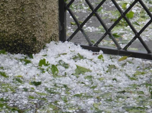 Precipitate Hail Storm Hailstones